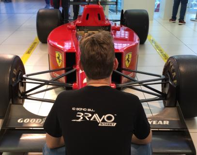 Bravostreet in Ferrari